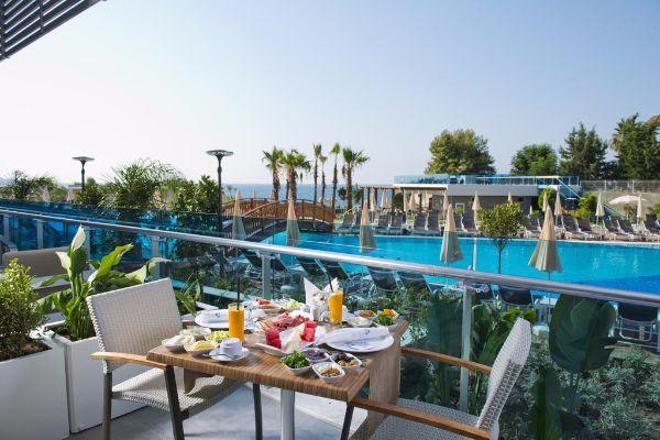NUMA BEACH & SPA HOTEL 2